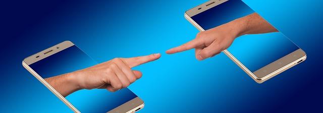 komunikace přes smartphone