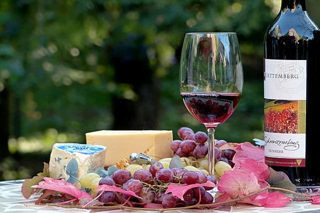 červené a sýr